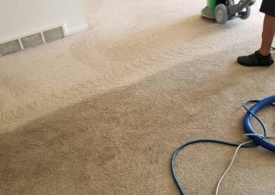 chem-dry tech performing carpet cleaning in provo ut